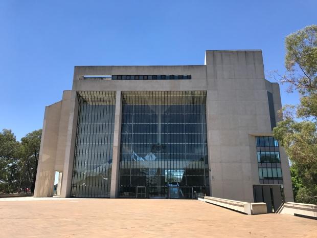 High_Court_of_Australia_building,_Canberra_01.jpg
